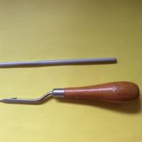 Using a latch hook